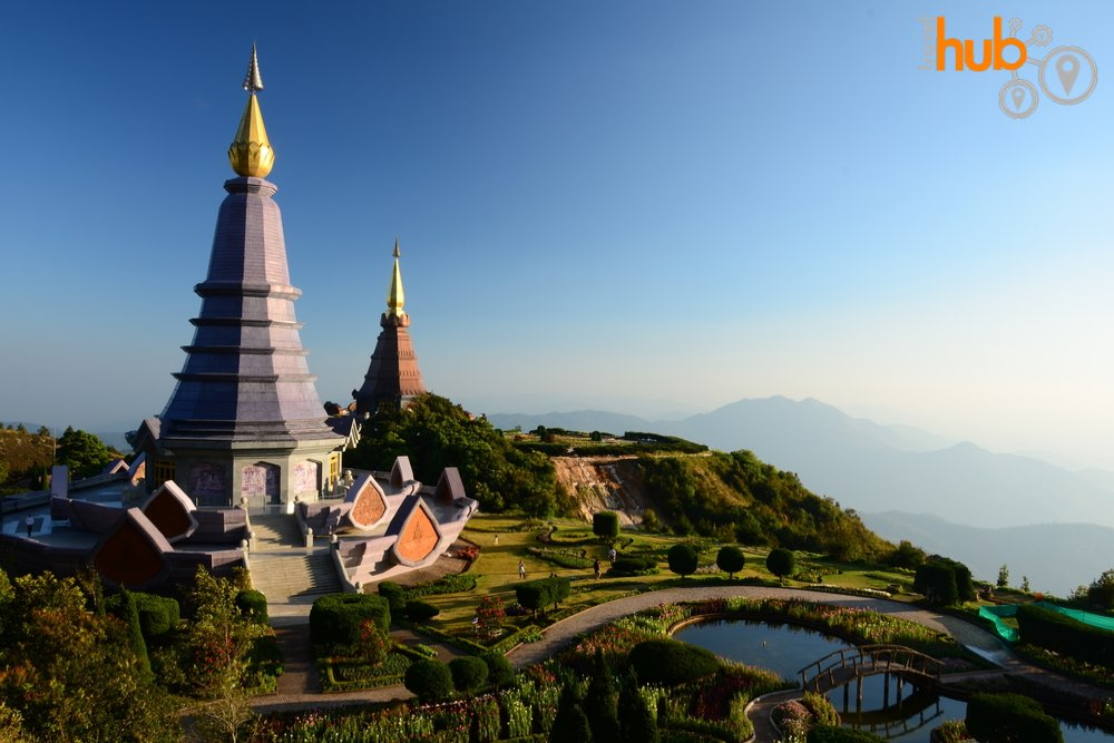 Enjoy the royal pagodas on the two day package tour from Chiang Mai