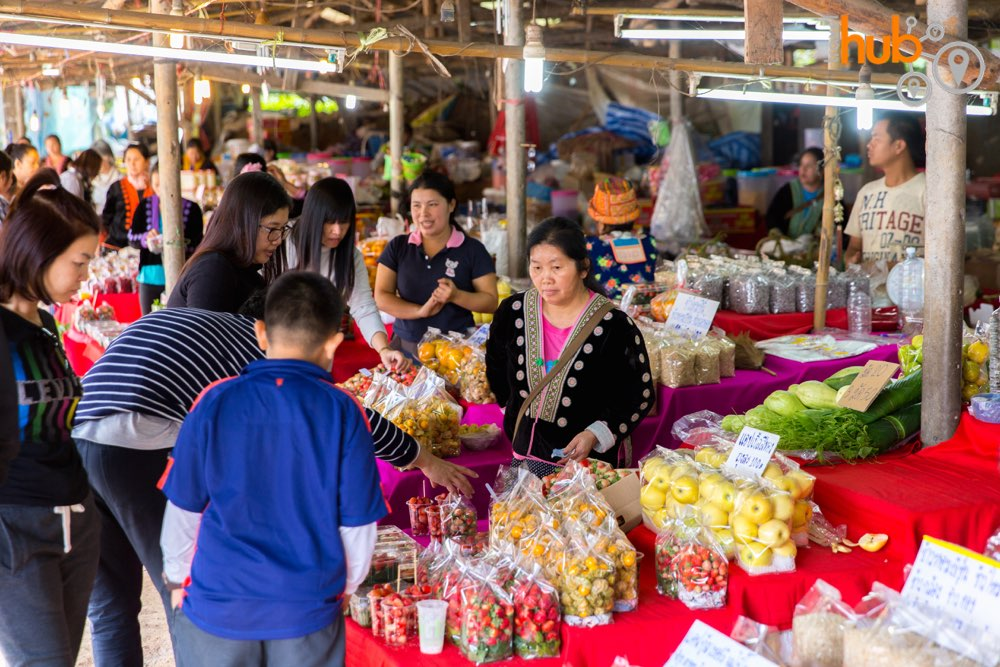 we will make a stop at the hill tribe market in Doi Inthanon National Park