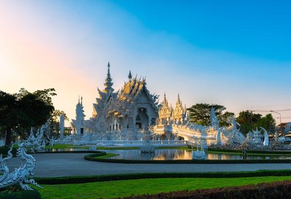 Wat Rong Khun on Chiang Rai tour