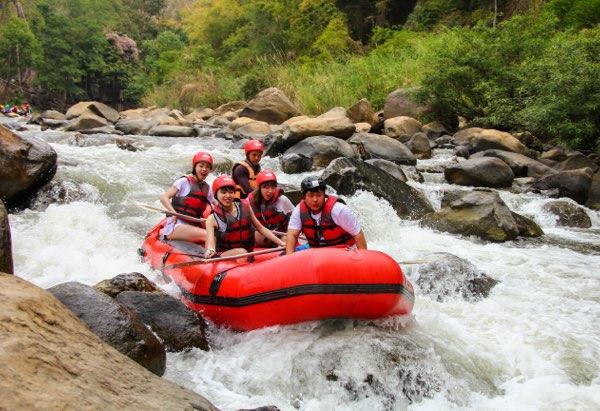Bamboo rafting on Chiang Mai trekking trip
